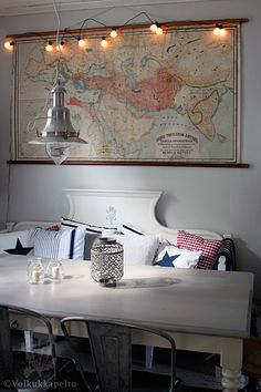 oh, dining room space! love the map >> Me too! Interior And Exterior, Interior Design, Decoration Design, Dining Area, Dining Rooms, My Dream Home, Apartment Living, Living Spaces, Sweet Home