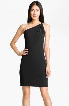Calvin Klein Hardware Detail One Shoulder Jersey Dress    http://www.udresscheap.com/calvin-klein-hardware-detail-one-shoulder-jersey-dress-p-6100.html