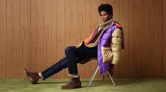 Rafael Embraces Retro-Inspired Looks from Todd Snyder Todd Snyder Champion, Retro Fashion, Mens Fashion, The Fashionisto, Male Poses, Transitional Style, Color Mixing, Preppy, Menswear