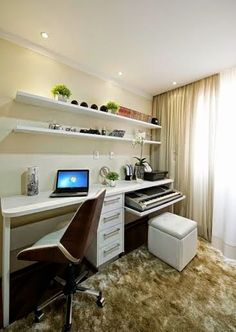 Browse pictures of home office design. Here are our favorite home office ideas that let you work from home. Mesa Home Office, Cozy Home Office, Home Office Desks, Home Office Furniture, Bureau Design, Bedroom Desk, Home Decor Bedroom, Space Saving Bedroom, Home Desk