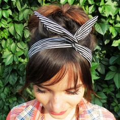 Check out this item in my Etsy shop https://www.etsy.com/ru/listing/245408791/adult-headband-wire-headband-pin-up