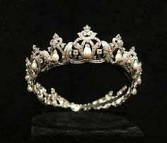 The Cartier Pearl Drop Tiara belonging to the royals of Monaco.