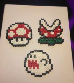 Hama Beads - Seta, Planta y Fantasma de Mario Bros