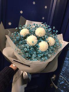 대전꽃집 둔산동 꽃집 꽃핌(flowerfim) 매력적인 블루 안개꽃, 컬러 안개꽃은 여전히 인기가 많아요! 그만...