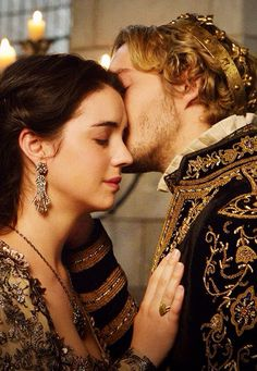 Raissa and Han! Mary Stuart, Adelaide Kane, Mary Queen Of Scots, Queen Mary, Serie Reign, Reign Mary And Francis, Reign Quotes, Reign Tv Show, Toby Regbo