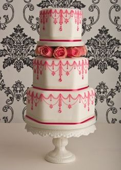 pink vintage wedding cake - love this shape! and the detail!  Maybe use a green instead of the pink? Or even the backdrop in green and detail in white?