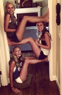 Resultado de imagen para fotos tumblr entre tres amigas