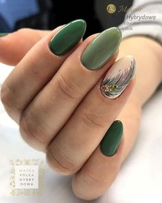 Fantastic Green Nail Art Designs Ideas – Designer nails can really make you look fashionable and chic. Nail art is one way to make your nails look really good and it lets you experiment with … Cute Nails, Pretty Nails, My Nails, Green Nail Art, Green Nails, Pretty Nail Designs, Gel Nail Designs, Fabulous Nails, Perfect Nails