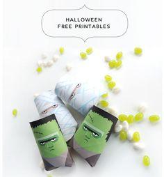 Halloween Pillow-Boxen schnell selber gemacht aus Klorollen und beklebt mit Gratis-Illustration. Nur noch ausdrucken, aufkleben, falten und befüllen. Die Vorlagen gibt's als PDF zum freien Download auf meinem Blog: http://arsprototo.at/do-it-yourself/suessesodersaures/