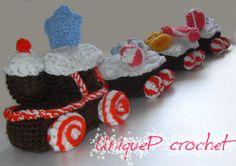 Paid crochet pattern: Winter Toy Train