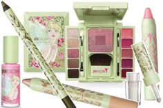 My beauty must have this week is Pixi Makeup it goes on like silk, the colors are beautiful. Tinkerbell Makeup, Disney Makeup, My Beauty, Beauty Makeup, Beauty Hacks, Makeup Kit, Beauty Ideas, Makeup Ideas, Beauty Tips