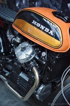 Cx500 Cafe Racer, Honda Scrambler, Cafe Racer Bikes, Honda Bikes, Honda Motorcycles, Custom Motorcycles, Honda Cb 500, Brat Bike, Cx 500