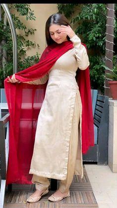 Fancy Dress Design, Stylish Blouse Design, Fancy Blouse Designs, Stylish Dress Designs, Designs For Dresses, Casual Indian Fashion, Pakistani Fashion Party Wear, Indian Fashion Dresses, Indian Designer Outfits