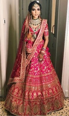 Queries:  Nivetasfashion@gmail.com Bringing luxury Indian fashion at your fingertips Specialise in HAND EMBROIDERED BRIDAL OUTFIT INTERNATIONAL DELIVERY email : nivetasfashion@gmail.com #Bridal #Lehengas #suits