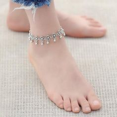 Cheap fashion anklet, Buy Quality anklets for women directly from China bracelet foot Suppliers: IF YOU Hot Vintage Bracelet Foot Jewelry Pulseras Retro Anklet For Women Girl Ankle Leg Chain Charm Bracelet Fashion Jewelry Jewelry Design Earrings, Gold Earrings Designs, Cute Jewelry, Bridal Jewelry, Jewellery, Silver Anklets Designs, Anklet Designs, Leg Chain, Ankle Chain