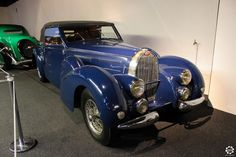 #Bugatti #Type57C #Cabriolet exposée à la #Cité de l'#Automobile, Collection #Schlumpf, de #Mulhouse. Article original : http://newsdanciennes.com/2015/07/16/on-a-teste-pour-vous-la-collection-schlumpf/ #Cars #Museum #Voiture #Ancienne #Classic