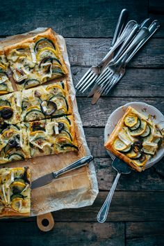 Puff pastry tart with zucchini, brie and rosemary   Plaattaart met courgettes, brie en rozemarijn
