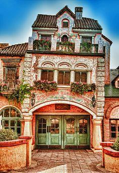 Pizzeria Bella Notte   Disneyland Paris fantasyland