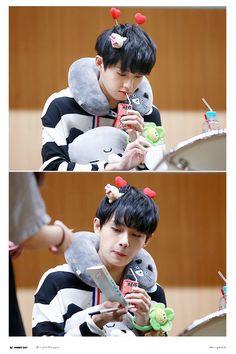 Cute Taking Care Of Kittens, Kim Yongguk, Korean Name, Cat Names, Just Love, Thriller, Growing Up, Rapper, Produce 101
