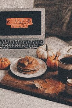 𝐩𝐢𝐧𝐭𝐞𝐫𝐞𝐬𝐭 - Vsco -🍂☁︎·̩͙✧ 𝐩𝐢𝐧𝐭𝐞𝐫𝐞𝐬𝐭 - Vsco - « Beware of autumn people