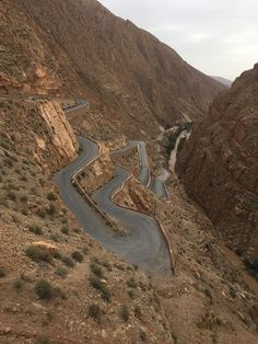 todra gorge day trip, circuit, tours, ouarzazate, vacation,hire cars, events, romantic, vip, heritage,parivate,dades gorge, hotel,marrakech,familys,single,students,teachers,school