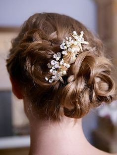 Bridal Hairstyles with Pearly Hair Pieces