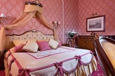 Pink traditional bedroom