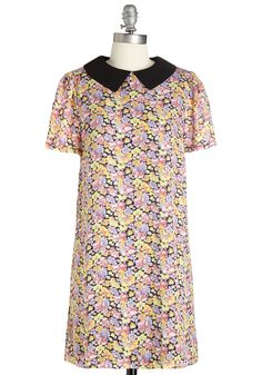 Brighten Up Breakfast Dress - Multi, Floral, Casual, 60s, Shift, Short Sleeves, Woven, Peter Pan Collar, Short