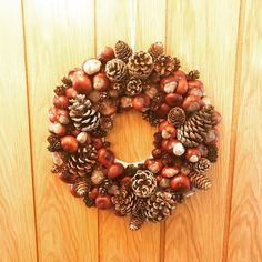 A few hours, hot glue and burns later. Diy Fall Wreath, Autumn Wreaths, Fall Diy, How To Make Wreaths, Crafts To Make, Crafts For Kids, Handmade Decorations, Xmas Decorations, Cute Christmas Gifts