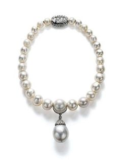 Marie Poutine's Jewels & Royals: Diamond and Pearl Necklaces  A Cartier pearl and diamond necklace that had belonged to Queen Mary.