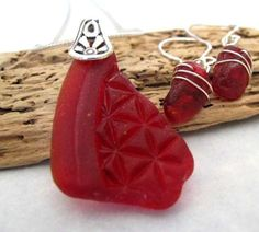 sea glass, seaglass, red, Christmas gift, holiday ideas, crafts, jewelry sets, earrings, necklace, sterling silver