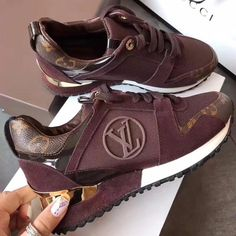 Louis Vuitton Women Fashion Casual Flats Shoes Sneakers Sport Shoes from Best Gifts. Cute Sneakers, Sneakers Mode, Sneakers Fashion, Fashion Shoes, Cheap Sneakers, Lv Shoes, Cute Shoes, Me Too Shoes, Men Shoes