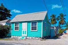 Barbados: Saarelta löytyy kaikki sateenkaaren värit ja vähän enemmän. Kiva väri, vai mitä? www.finnmatkat.fi