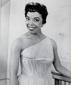 Brown Sugar: Over 80 Years of America's Black Female Superstars: Olga James Old Hollywood Glamour, Vintage Hollywood, Classic Hollywood, Black Actresses, Black Actors, Vintage Black Glamour, Black Star, Black Is Beautiful, Black History