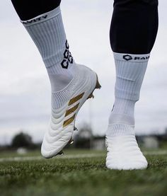 "Soccer | Football no Instagram: ""The Copa Golds ✨... • • • 📸 @spaceofsoccer • • • #cleats #cleatstagram #footballboots #messi #nikecleats #vapor #superfly #nikesoccer…"""