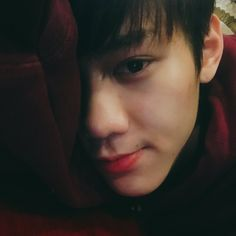 Lee Sang 이상    Imfact    1995    176cm    Lead Vocal
