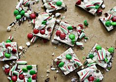 Christmas Chocolate Bark recipe - This chocolate bark looks festive and is super easy to make. Rice Krispies in the middle add a nice crunch. #bark #chocolate #holiday