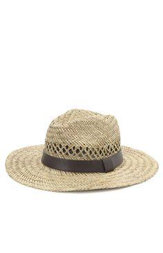Beeeeaaaach hat