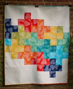 Want to make a gorgeous rainbow plus quilt of your own? Kelly of Jeli Quilts has written a wonderful free tutorial featured on The Village Haberdashery. This quilt was made with Michael Miller Fabrics and #Aurifil 50wt for piecing and quilting.   To see more please visit http://thevillagehaberdashery.co.uk/blog/2013/kellys-stitch-floral-circle-plus-quilt