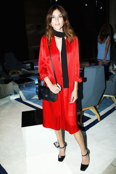 Alexa Chung wearing a red Prada dress and black scarf at the Miu Miu Resort Collection Cool Girl Style, My Style, Alexa Chung Style, Prada Dress, English Fashion, Skinny Scarves, Black Skinnies, Scarf Styles, Latest Fashion Trends