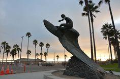 Surf Sculpture – Huntington Beach