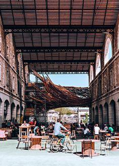 Darwin, le nouvel éco-quartier de Bordeaux - The Concept of the Eco-city Lombok, Darwin Bordeaux, Places To Travel, Places To Visit, Sri Lanka, Eco City, Istanbul, Vietnam, Bali