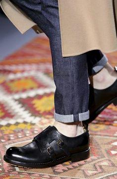 tendenza-scarpe-uomo-autunno-inverno-2014-2015-valentino-fibbie