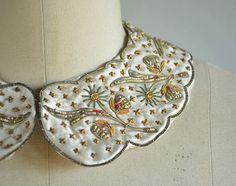 Vintage Embroidered Peter Pan Collar / 1950s Baar & by zestvintage