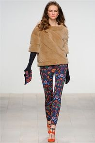 Fall Winter 2012-13 Issa London, London - click on the photo to see the complete collection and review on Vogue.it