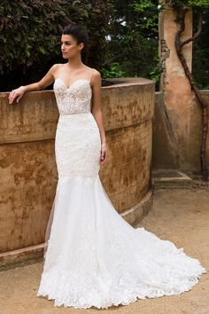 Milla Nova Bridal 2017 Wedding Dresses / http://www.himisspuff.com/milla-nova-bridal-2017-wedding-dresses/2/