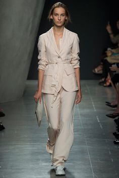 Bottega Veneta - Spring 2015 Ready-to-Wear - Look 30 of 40 Style-Plus:  Fit the pants below the ankle with a heel and you're ready to go.