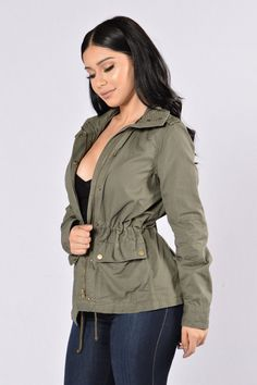 Heavy Duty 2 Cargo Pockets Decorative Zipper Pocket Drawstring Waist Cotton Ashley by 26 international outerwear USA XL color green/ olive NEW W TAGS Women's Jacket Ashley by 96 International Olive Green Jacket Size XL Combat Jacket, Cargo Jacket, Olive Jacket, Green Jacket, Swimsuits For Curves, White Dresses For Women, Mens Activewear, Winter Outfits, Night Outfits