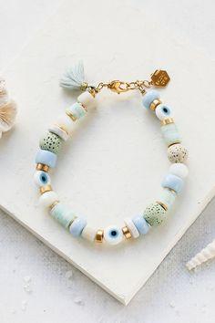 Clay Jewelry, Jewelry Crafts, Beaded Jewelry, Beaded Necklace, Beaded Bracelets, Bracelet Making, Jewelry Making, Stylish Jewelry, Unique Jewelry
