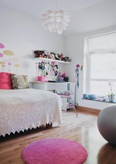 Great bedroom for a teenage girl
